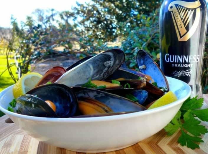 Drunken Irish Mussels in Guinness Sauce