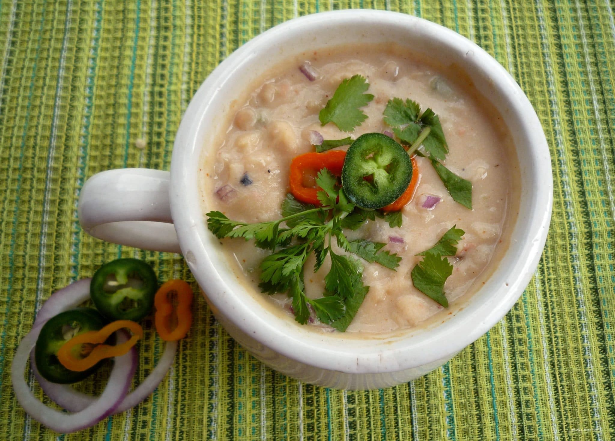 White Chili with Chicken and Poblano Peppers