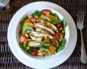 #Healthy #Grilled Chicken with Spinach , Citrus , Mangoes , Strawberry , Kiwi and Asian #Ginger Salad Dressing