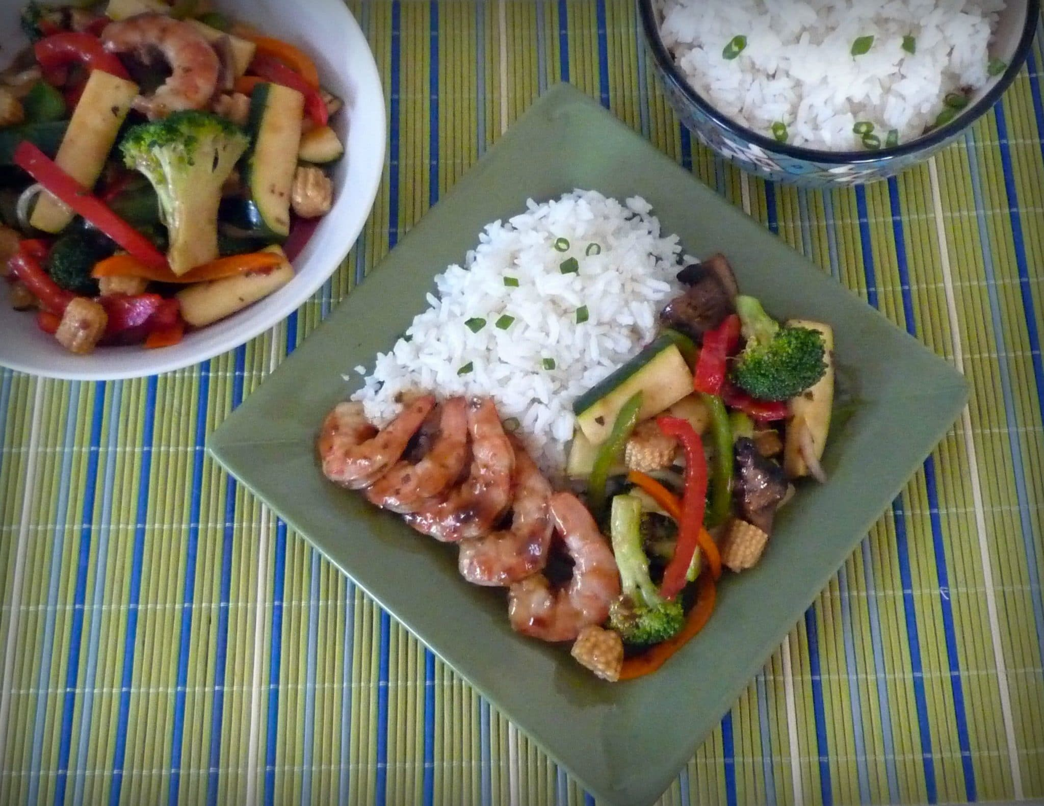Thai Brown Curry Shrimp with Vegetable Stir Fry in light sauce