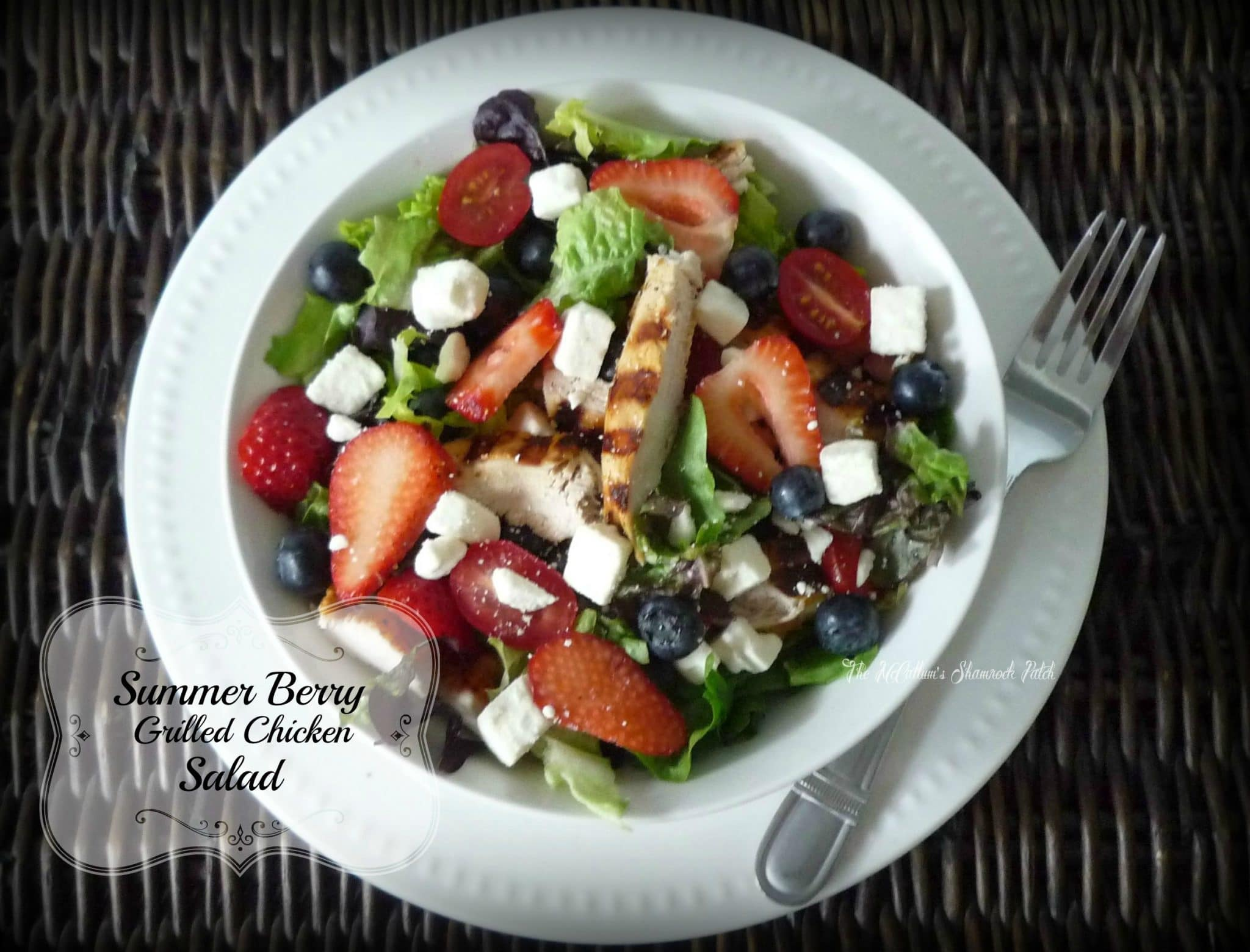 Summer Berry Salad with Grilled Chicken
