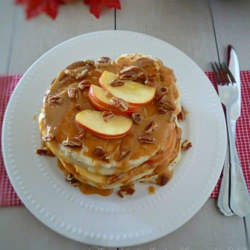 If you are looking for a deliciously indulgent pancake that screams fall look no further than this decadent Southern recipe for Caramel Apple Pecan Pancakes. Made with Gala apples, a homemade pancake batter, and creamy caramel sauce this recipe hits all the right notes and its husband and family approved.