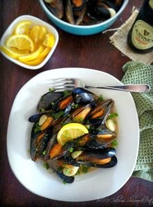 Mussels in Guinness & Garlic Sauce is a beautiful Irish inspired starter item to add to your holiday menu for your Irish themed celebration