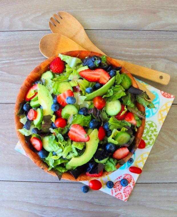Southern Buttermilk Salad Dressing is a deliciouslyeasy, flavorful, homemade, Southern-Style salad dressing that our family has made for years to enjoy over our favorite salad greens and fixings. Made with buttermilk, creamy mayonnaise, Dijon mustard, organic apple cider, and fresh herbs, Southern Buttermilk Salad Dressing brings a temptingflavor burst to any salad.