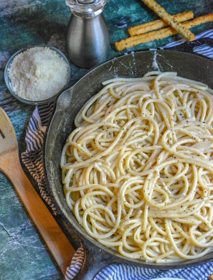 Cacio E Pepe, literally translated as cheese & pepper, is a simple pasta dish. Using only four simple ingredients, they come together to form a creamy cheesy, perfectly seasoned pasta dish that's a perfect example of true Italian comfort food.