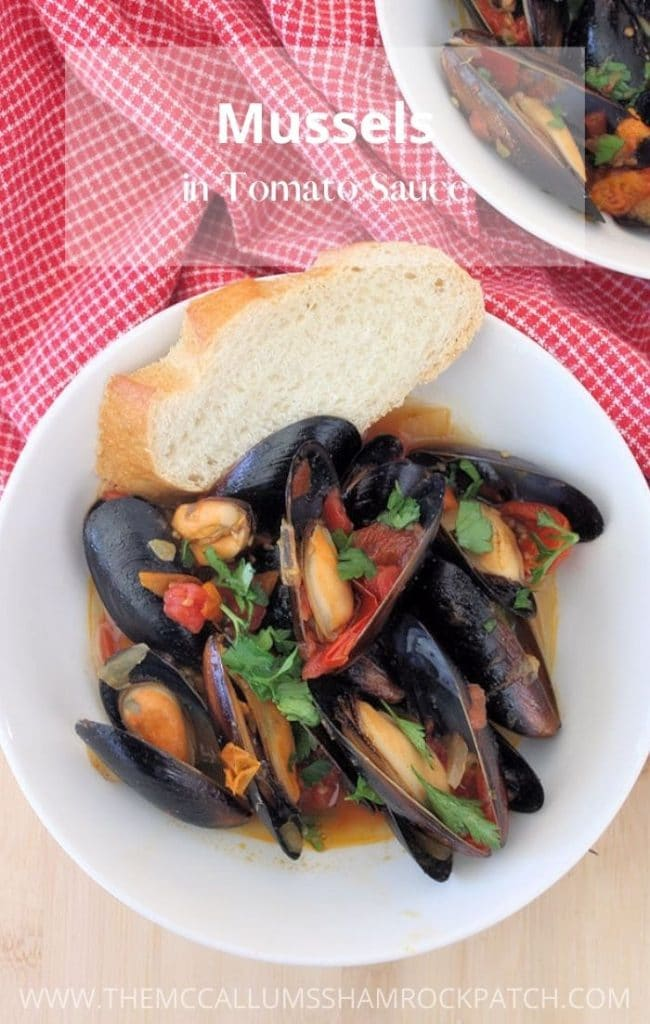 Made from the finest ingredients, Mussels in Tomato Sauce makes a perfect flavorful starter to a meal or appetizer. Pair the Mussels with pasta, seafood, salad, and a glass of wine for an ideal swanky meal, or serve it as an appetizer.