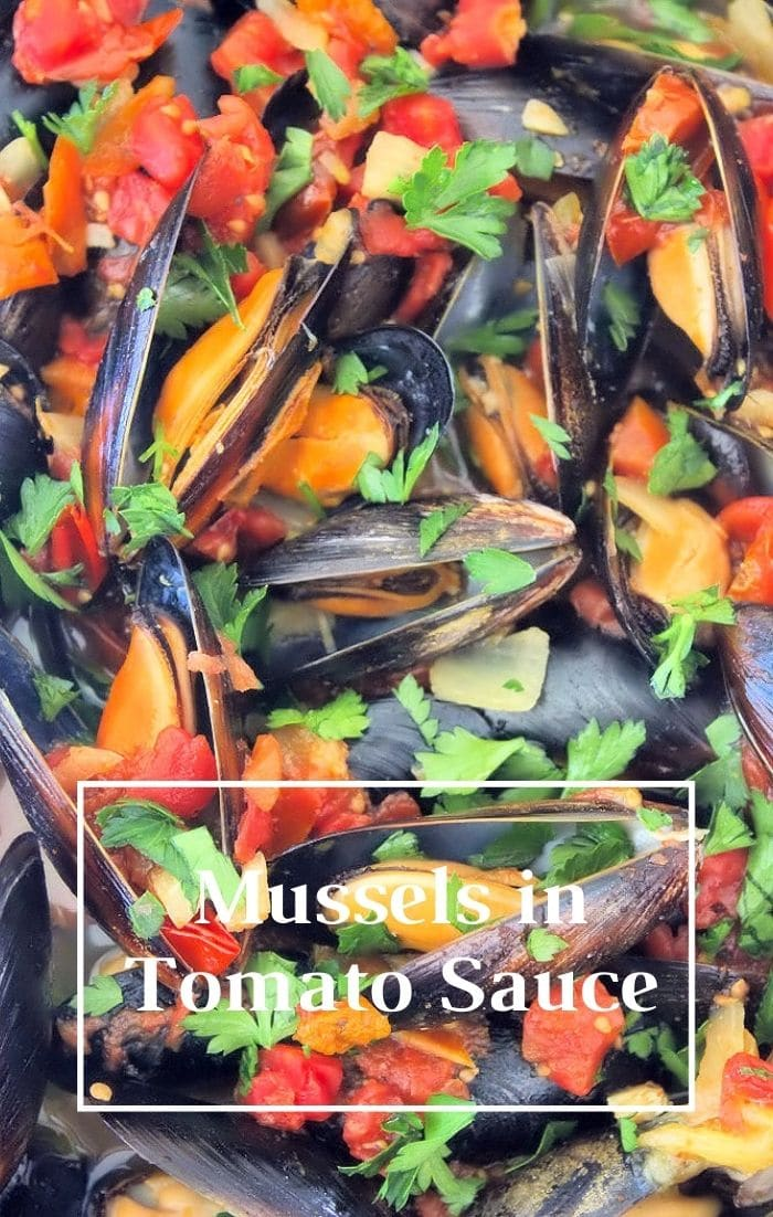 Made from the finest ingredients, Mussels in Tomato Sauce makes a perfect flavorful starter to a meal or appetizer. Pair the Mussels with pasta, seafood, salad, and a glass of wine for an ideal swanky meal, or serve it as a party appetizer to impress your seafood-loving guests.
